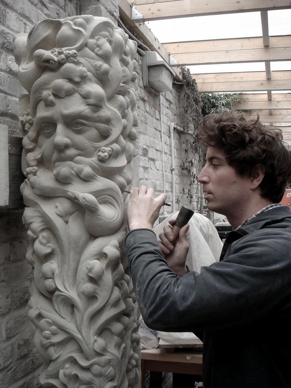 Tom Nicholls - Stone Carver